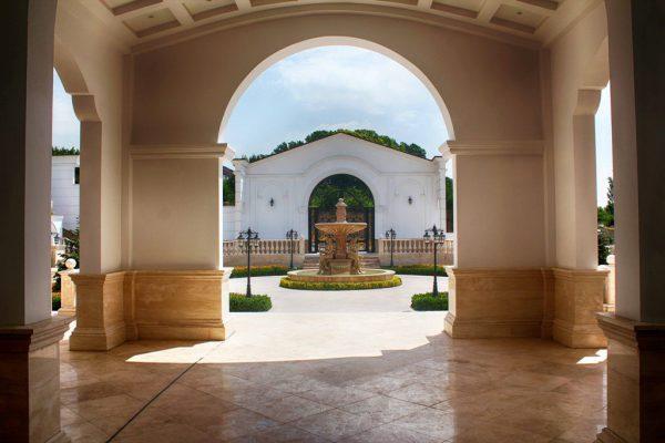 آبنمای کلاسیک ـ مجسمه ای